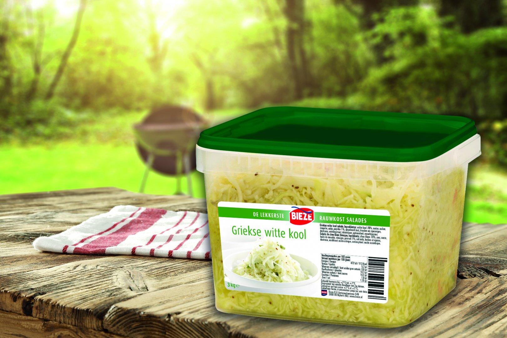 Griekse witte kool salade met feta & olijven