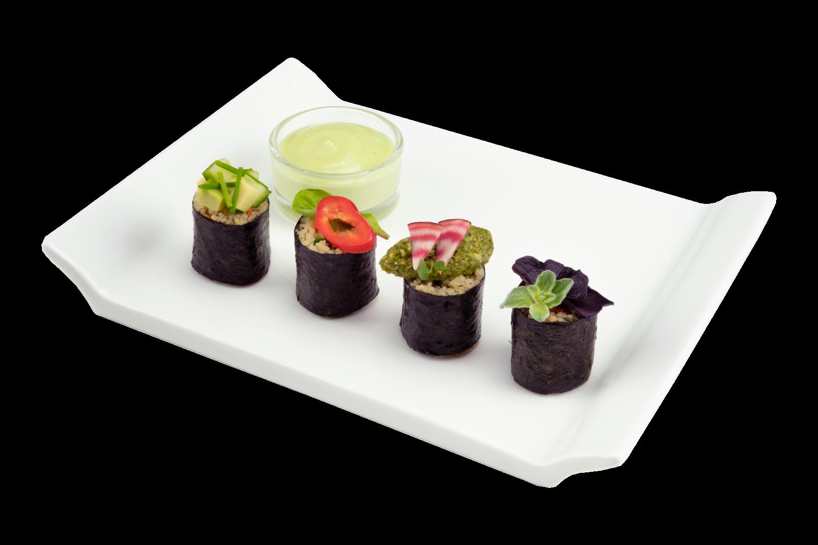 Quinoa sushi met wasabi saus en Tapenade Zeewier